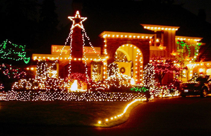 Christmas Lights Installer In Wayzata Mn